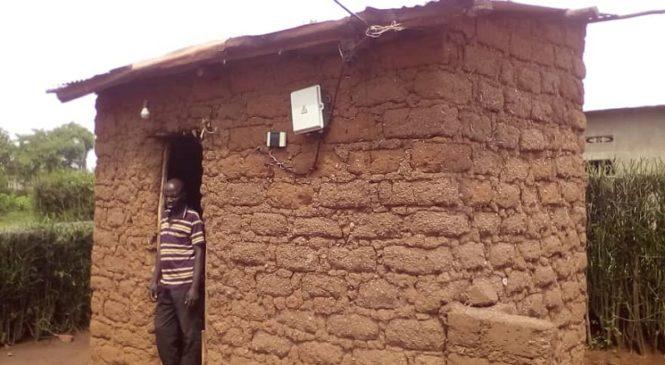 Bugesera: Nubwo yakuwe muri nyakatsi ariko ntiyishimiye kuba mu nzu ya metero 3 kuri 2