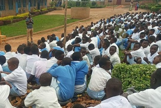 Rwamagana:Ababyeyi barashinjwa kubangamira ireme ry'uburezi