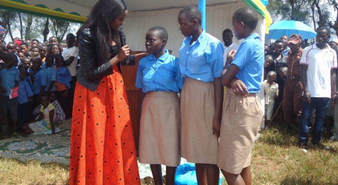 Kujya mu mihango ntabwo ari ukugira ikibazo-Miss Rwanda