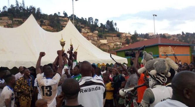 Handball: Hagati ya APR na Police hagiye kumenyekana izatwara igikombe
