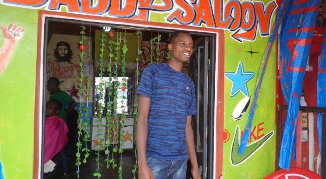 Ndahiro w'i Musanze ufite ubumuga yihangiye umurimo mu mafaranga yakuye mu mukino wa Sitting Volleyball
