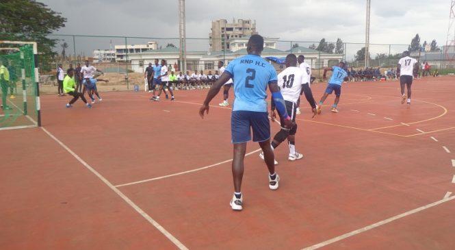 Handball: Amakipe ane ashobora kubimburira ayandi mu gukora imyitozo