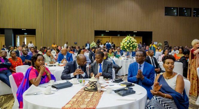 Jeannette Kagame asanga utazi iyo ava atamenya iyo ajya