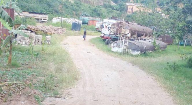 Gaposho: Umunyemari uvugwaho ubwambuzi
