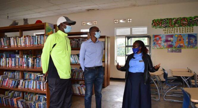 Bugesera: Meya Mutabazi yasuye ibikorwa bya Gasore Serge Foundation, anasangira n'abakinnyi