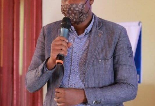 Umunyamakuru Jado Castar yakatiwe gufungwa imyaka ibiri, icyo Maurice Munyentwari abivugaho